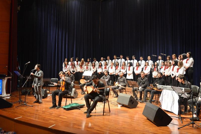 Türk Halk Müziği Konseri büyüledi