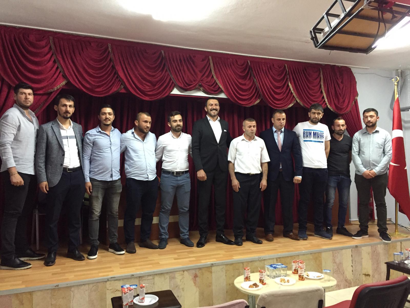 Ferizlispor kongresini yaptı