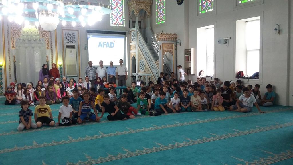 Cami'de deprem eğitimi