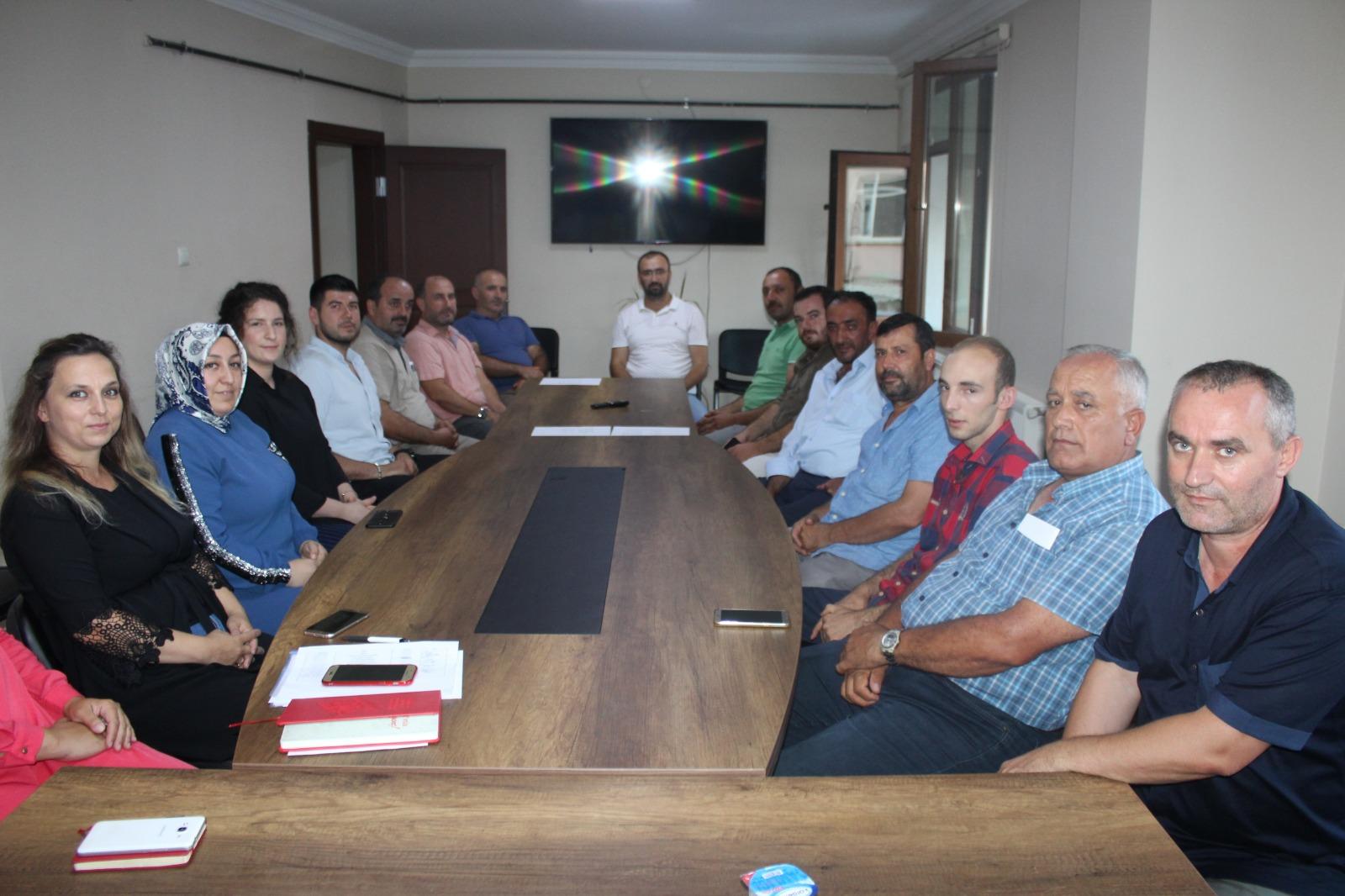 Ferizli AK Parti'de görevler dağıtıldı