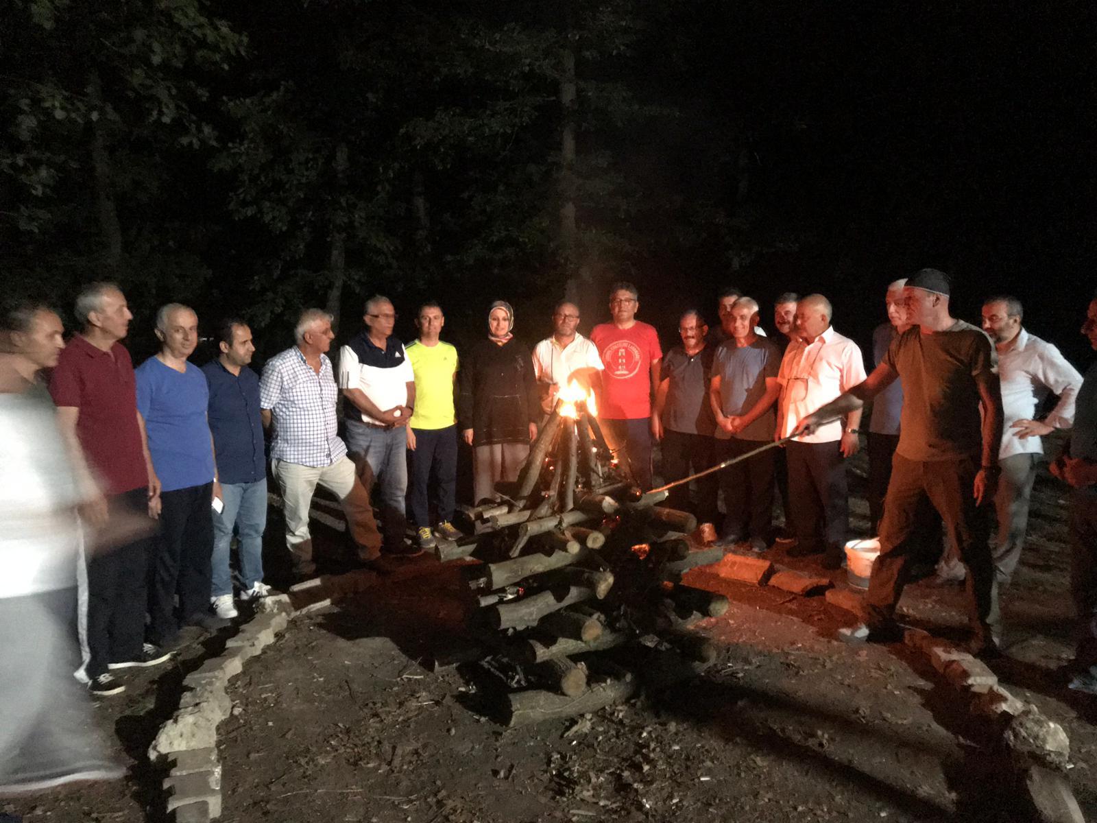 Eğitim müdürleri kampta eğlendi