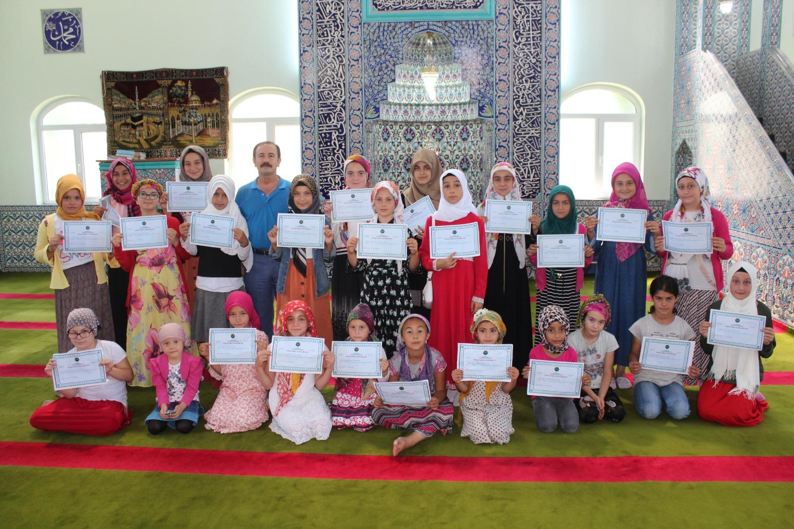 Kur'an öğrenen öğrenciye belge