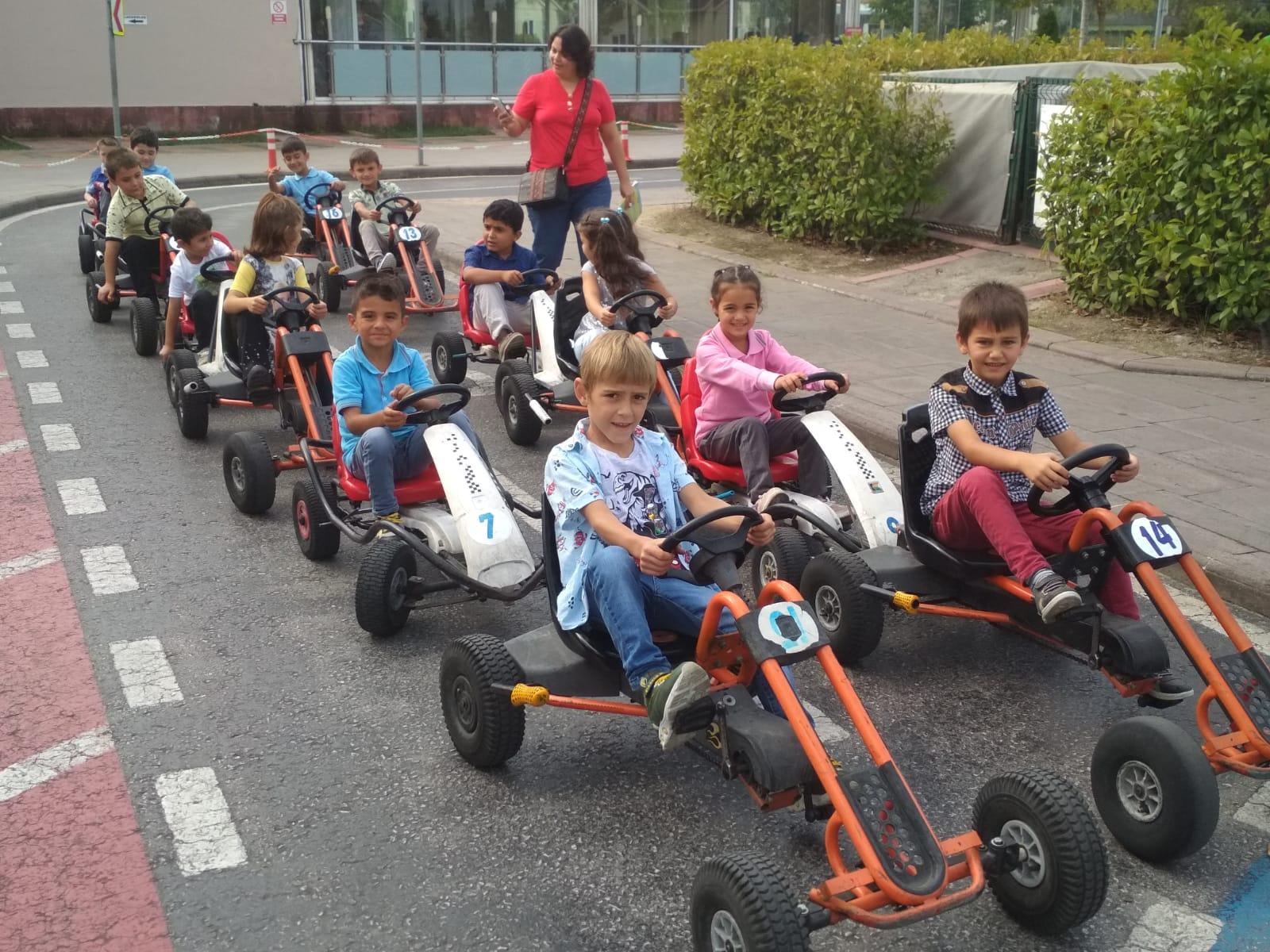 Geleceğin sürücüleri eğitime başladı