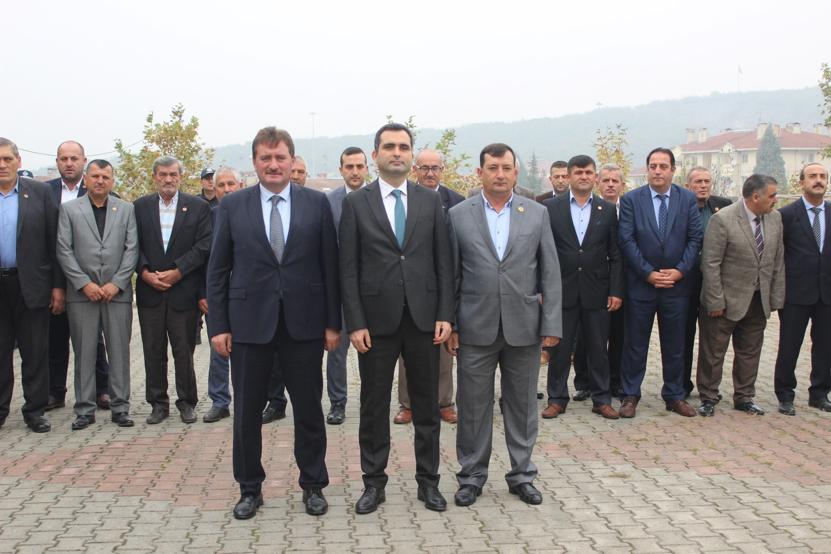 Ferizli'de muhtarlara kutlama