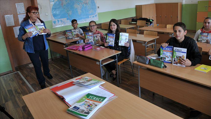 Türkçe kitapları 27 yıl sonra yenilendi