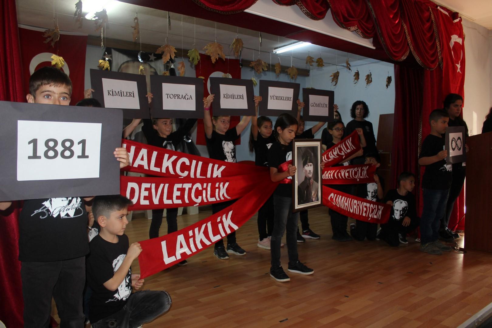 Atatürk Ferizli'de anıldı