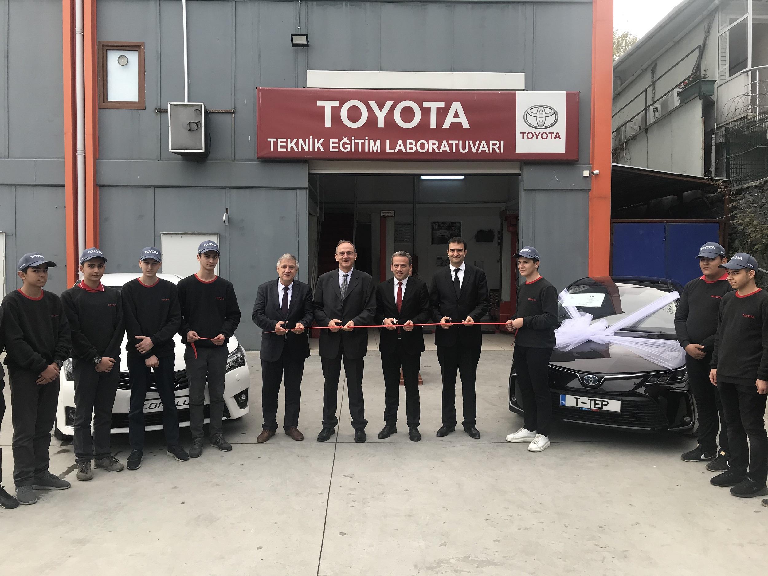 Toyota'dan İstanbul eğitimine bağış