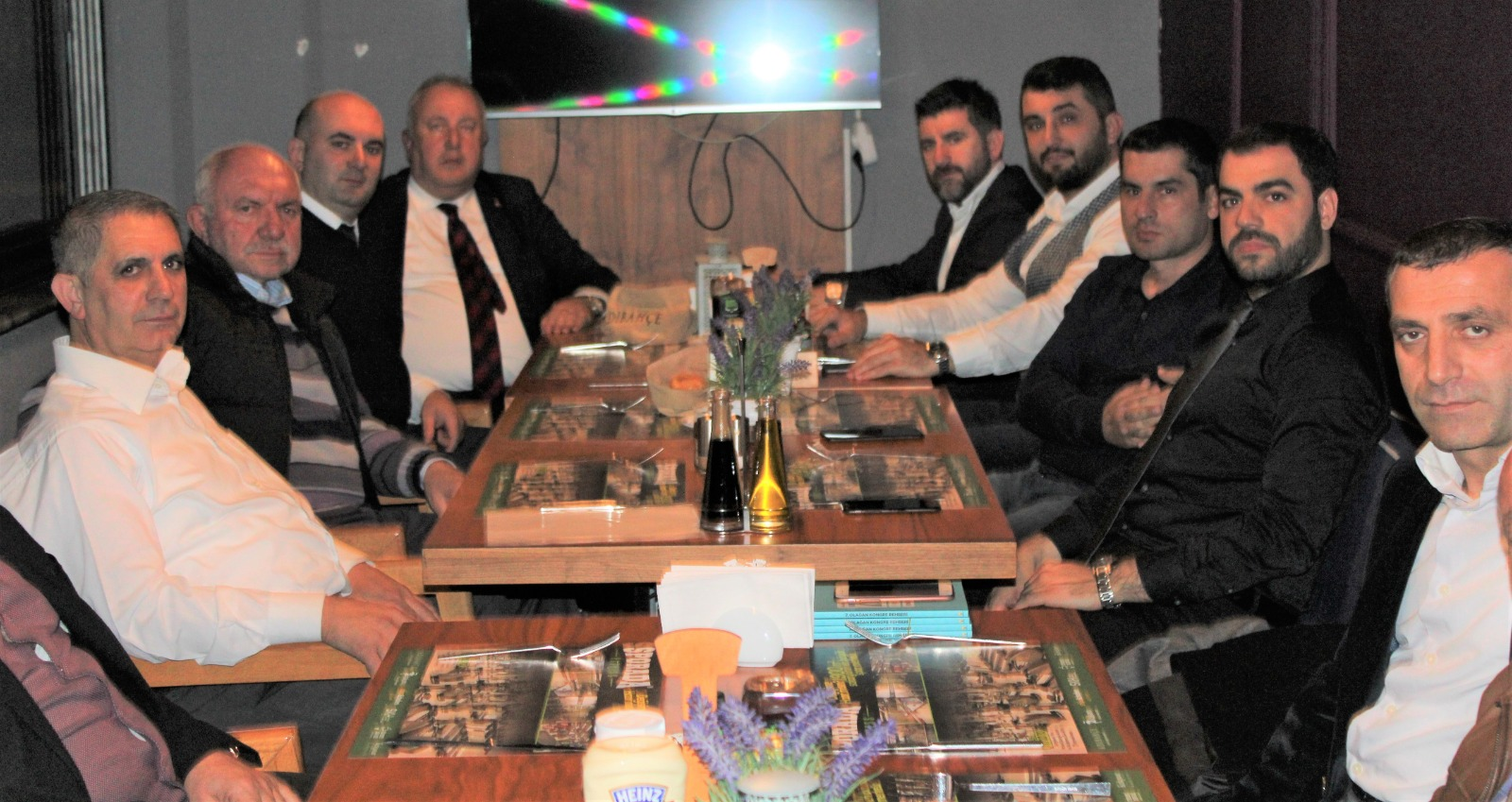 AK Pati Söğütlü'de gündem kongre
