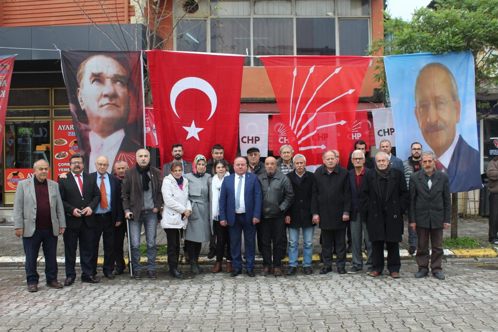 CHP Ferizli'de Şen ile devam