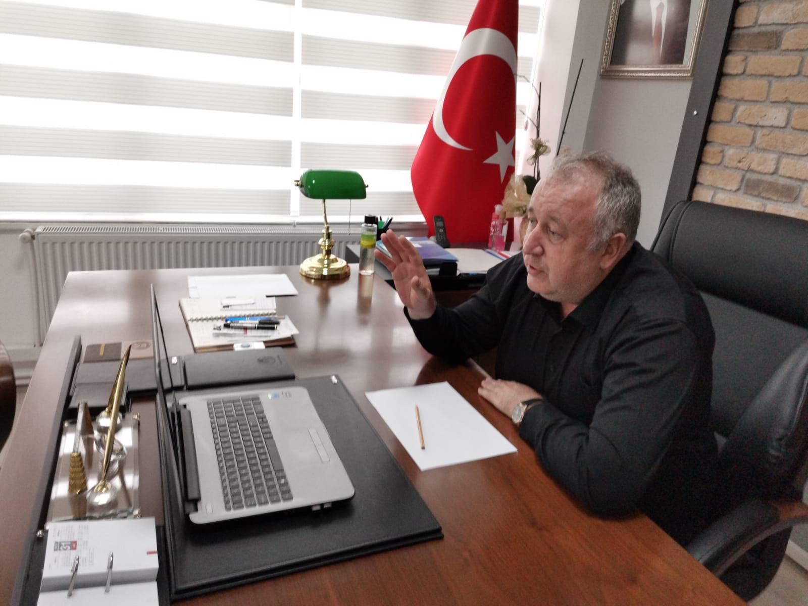 Başkan miniklerle telekonferansta