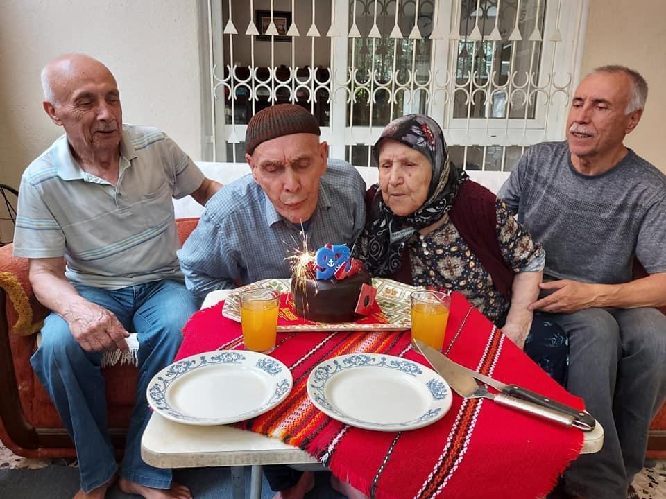 En yaşlı üyelere sürpriz