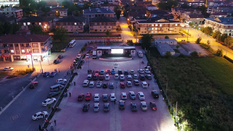 Arifiye'de sinema keyfi