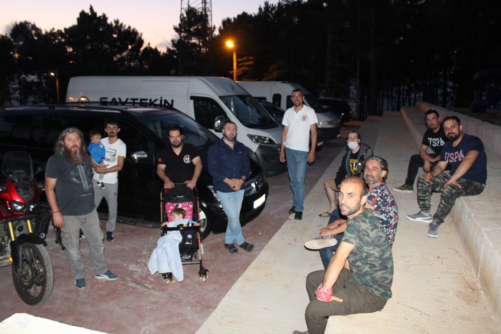Motosikletçilerin Ferizli'de kampta