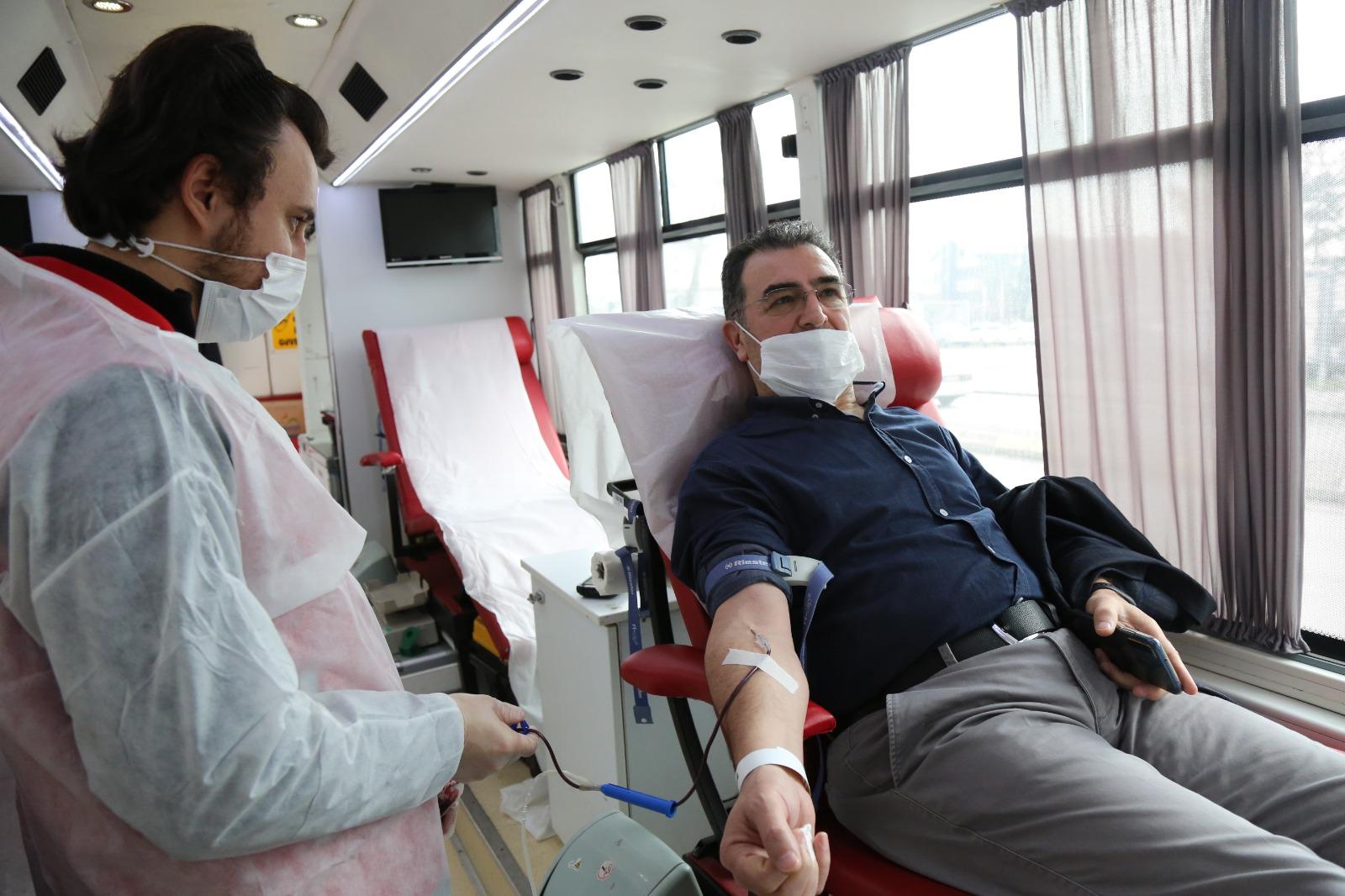 Serdivan'da kan bağışı