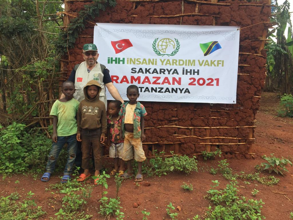 Tanzanya'da kumanya dağıtımı başladı