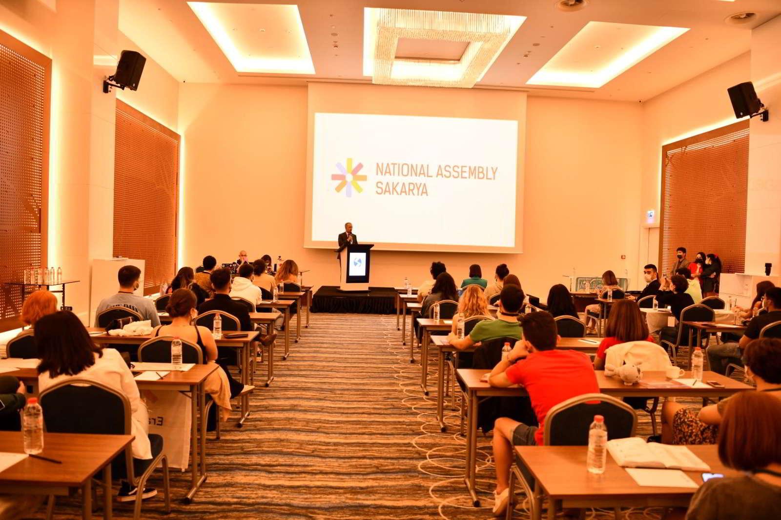 41 ülke öğrencisi SAÜ'de
