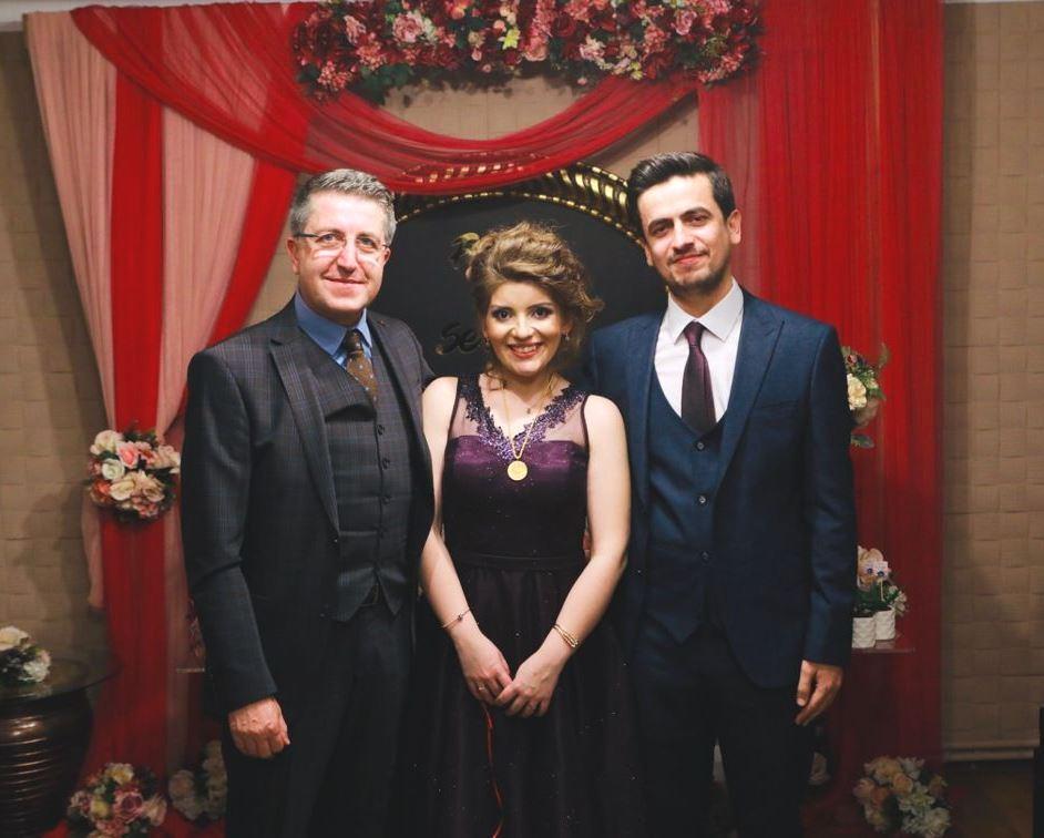 Özer Yüksel kızını evlendiriyor